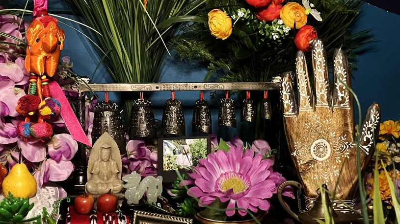 Chinese Bells in Ofrenda