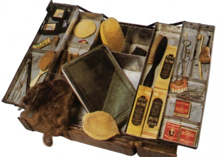 Lon Chaney's makeup case